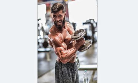 bodybuilder pumping iron